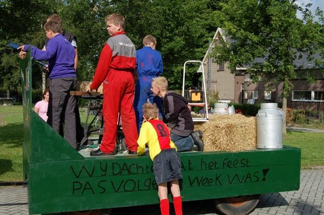 dsc_3229_dorpsfeestkoekangerveld_2009_013-kopie